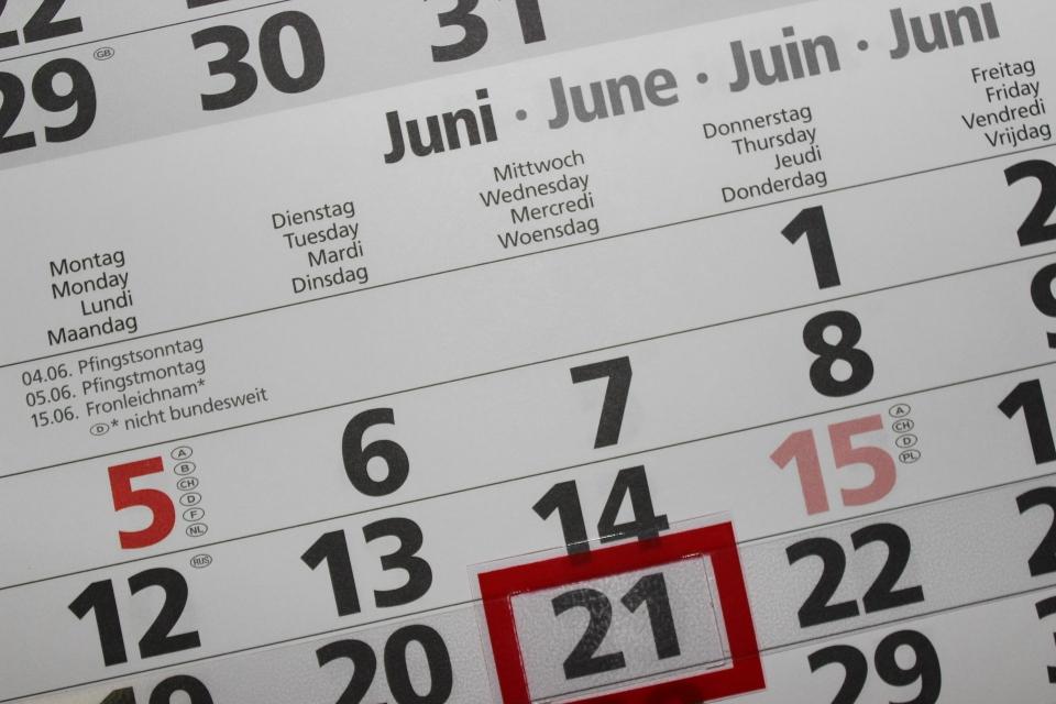 Un calendrier indiqué le 21 juin